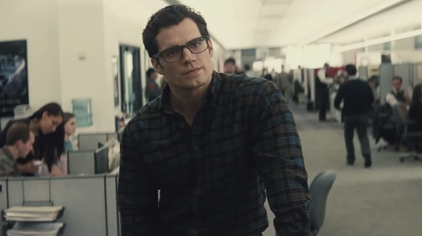 Henry-Cavill-Clark-Kent